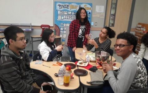 Culinary Club preparing to decorate their cakes during the club's most recent meeting.