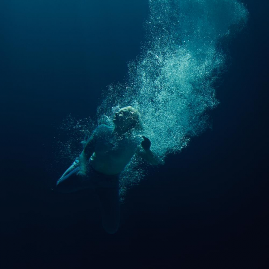 The cover of Låpsley's second studio album, 'Through Water'.